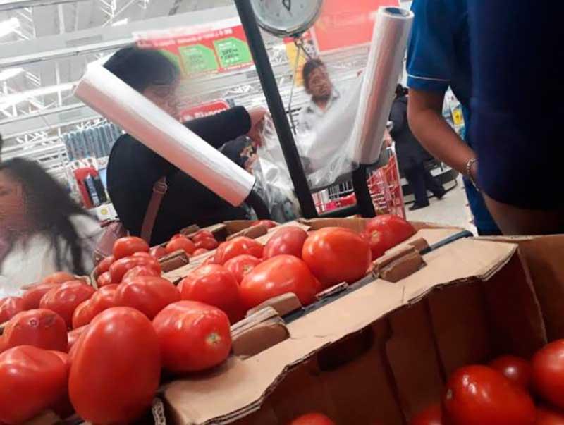 Seis comercios de Toluca han sido sancionados por dar bolsas de plástico y recipientes de unicel