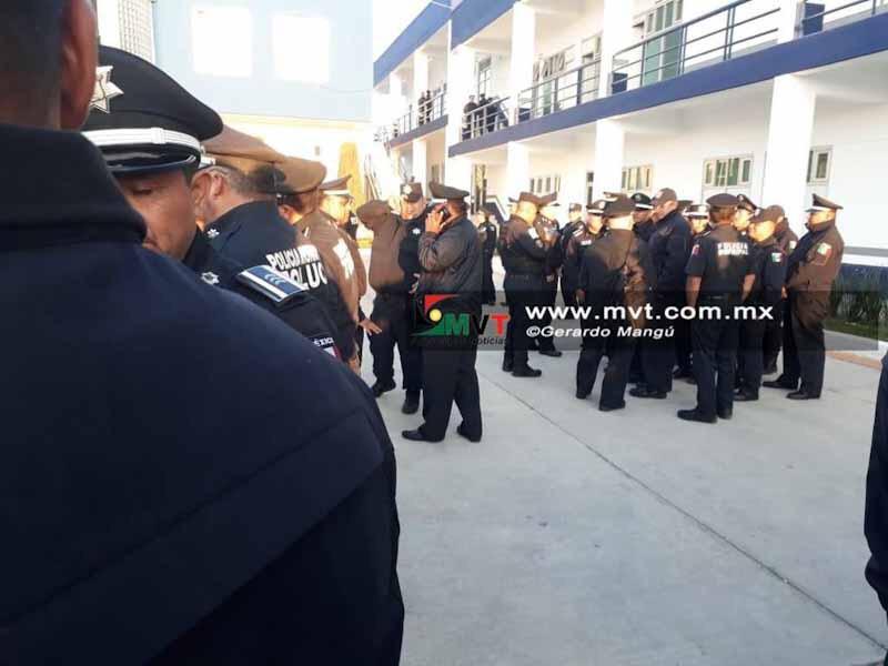 Amenazan con parar labores policías municipales de Toluca