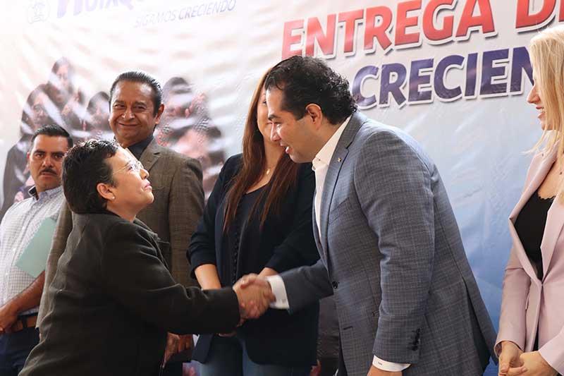 Entregan recursos a mujeres activas en Huixquilucan 2019