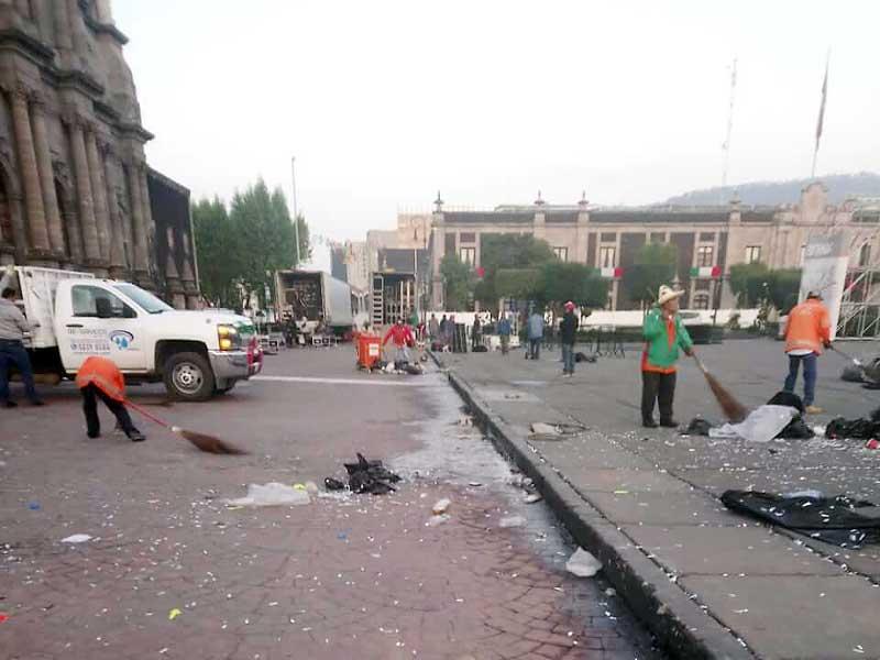 Las fiestas patrias dejan 120 toneladas de basura en el centro de Toluca