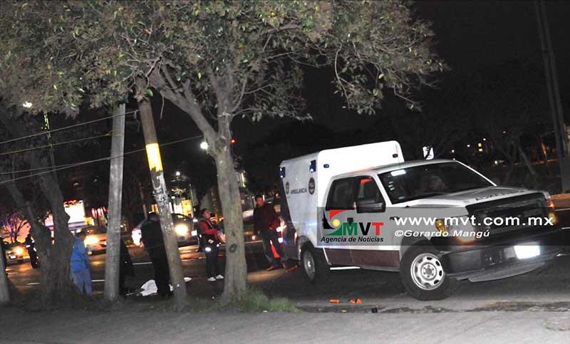 Muere hombre atropellado en la vía Alfredo del Mazo Toluca