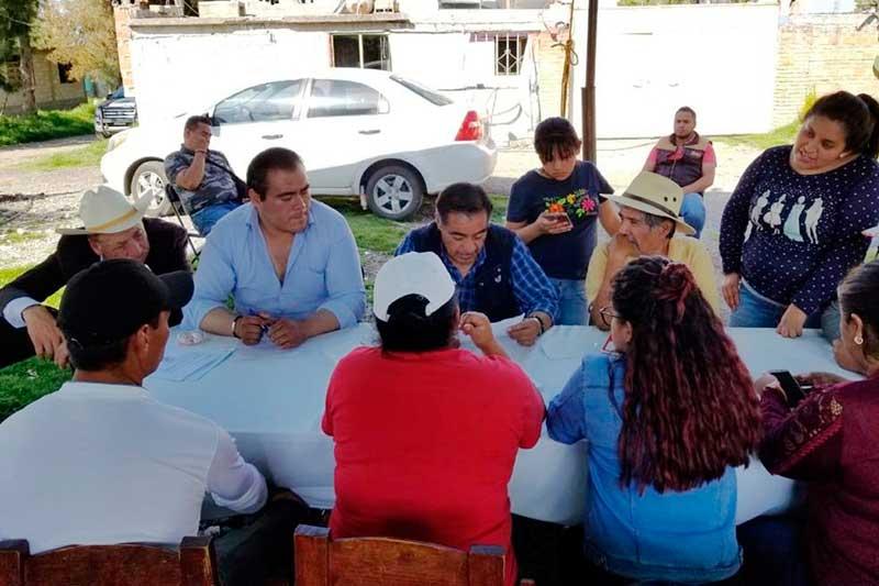 Luis Maya Doro se reúne con delegados de la Zona Norte de Almoloya de Juárez en la comunidad de San Antonio Ocoyotepec para escuchar y atender peticiones