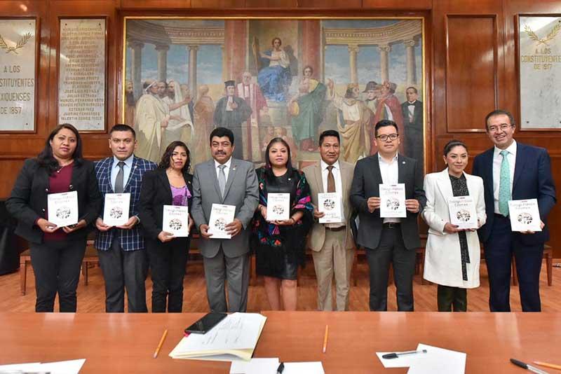 Presentan la revista del Poder Legislativo Diálogo Público EdoMéx