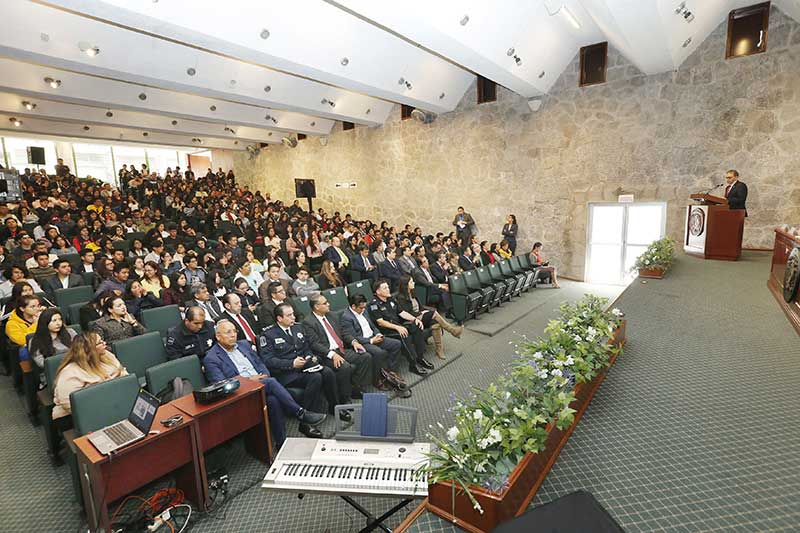 Salvaguarda de universitarios, tarea esencial de UAEM: Alfredo Barrera
