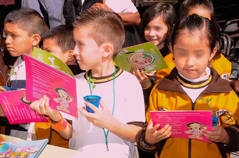 Una nutrición saludable mejora el desempeño escolar de los menores: ISEM