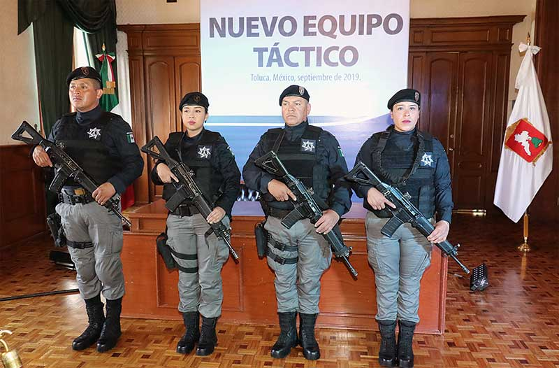 Anuncia Juan Rodolfo más equipamiento para la Policía Municipal de Toluca