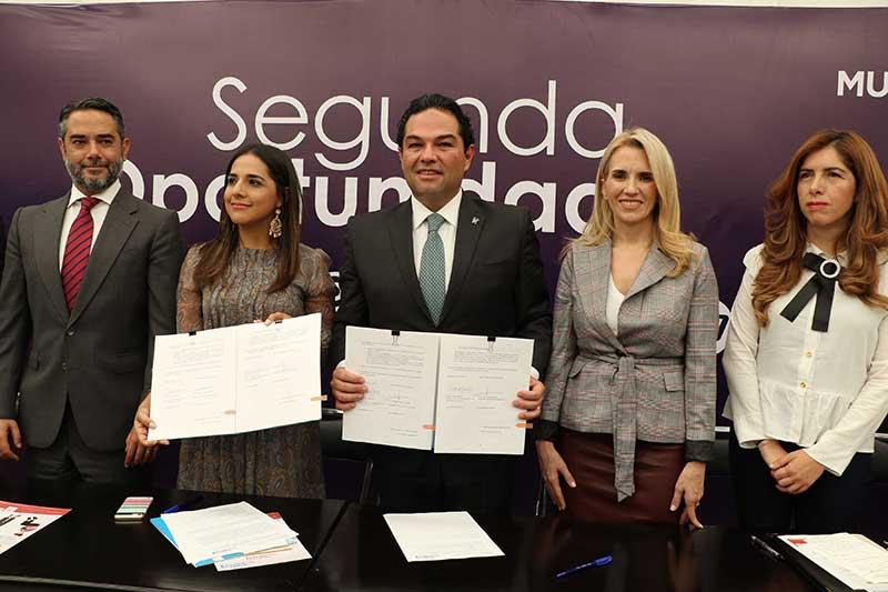 El ayuntamiento de Huixquilucan y ONU Mujeres inauguran el primer centro de aprendizaje