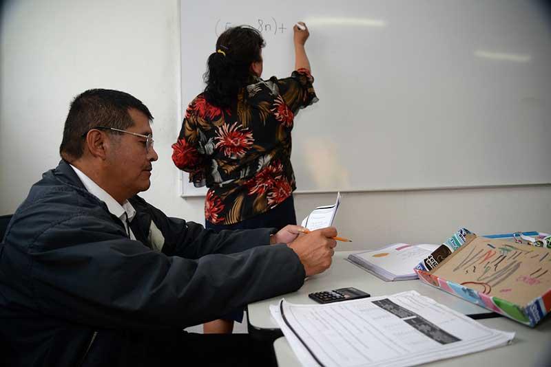 Medio millón de mexiquenses no saben leer ni escribir, diputado llama a formar jornadas educativas