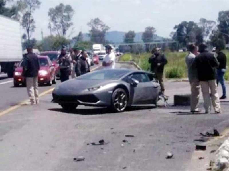 """Así """"desbarataron"""" al Lamborghini en la Toluca - Atlacomulco"""