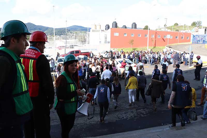 El Municipio de Huixquilucan se sumó al macro simulacro sísmico