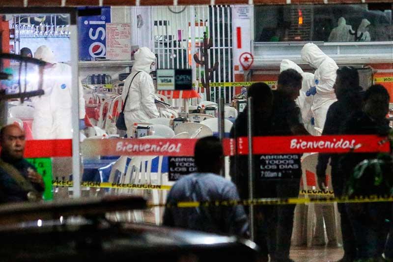 Disparan contra Fiscal de Tecamac, resulta herido y sus dos acompañantes muertos