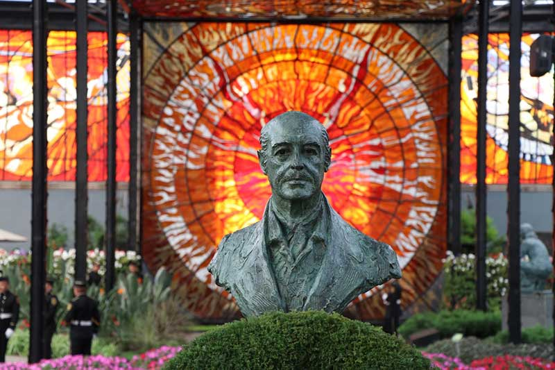 Conmemoran 105 años del nacimiento de Jorge Jiménez Cantú