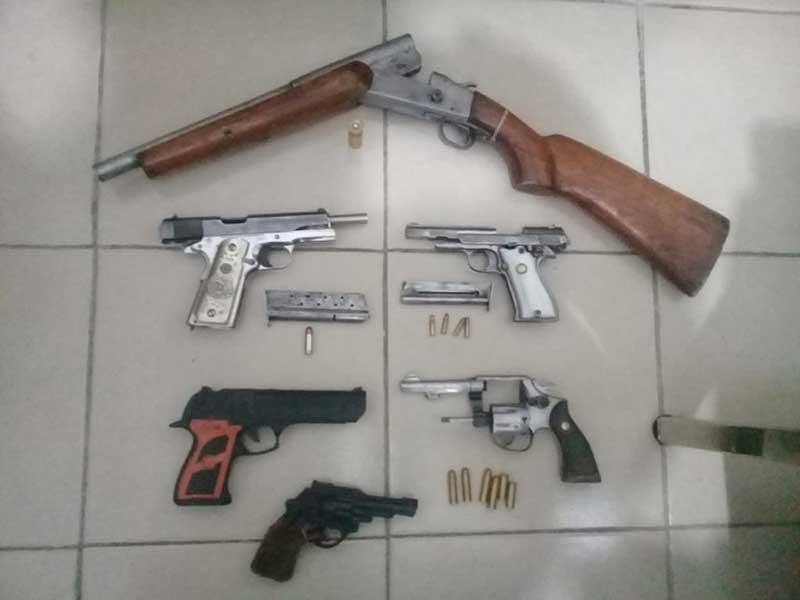 Disparan contra policías en Coatepec Harinas y son detenidos