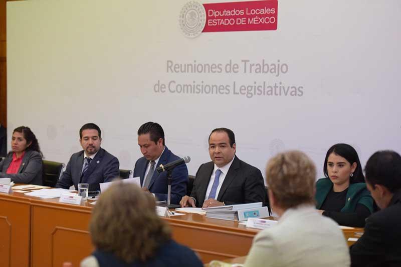 Secretario de Comunicaciones y Transportes comparece en la legislatura del Edomex