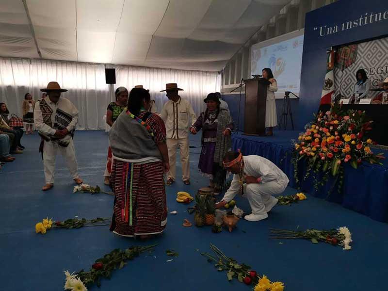 En Toluca, Encuentro Internacional de Comunidades y Desarrollo de los Pueblos Indígenas