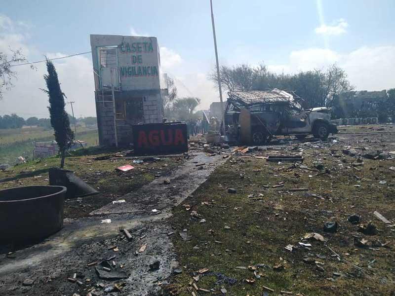 Dos muertos y seis lesionados por explosión de pirotecnia en Zumpango