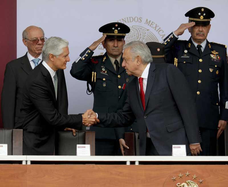 Da inicio la construcción del aeropuerto en Santa Lucía, asiste el presidente de México y Gobernador del Estado