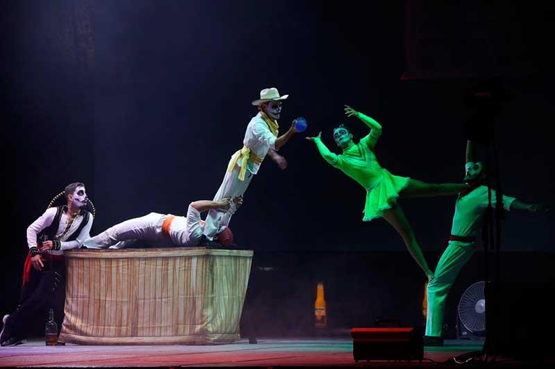 Circo Alebrije sorprende en el festival de Quimera 2019