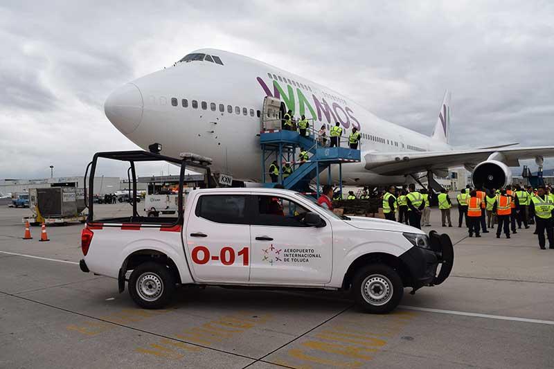 Son repatriados 311 ciudadanos a la India desde el aeropuerto de Toluca