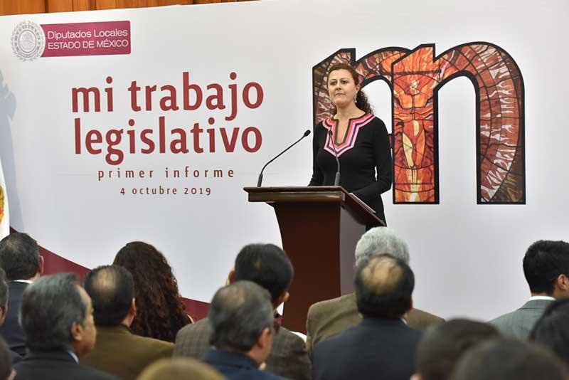 Diputada Mónica Alvarez rinde informe de labores ante Toluqueños