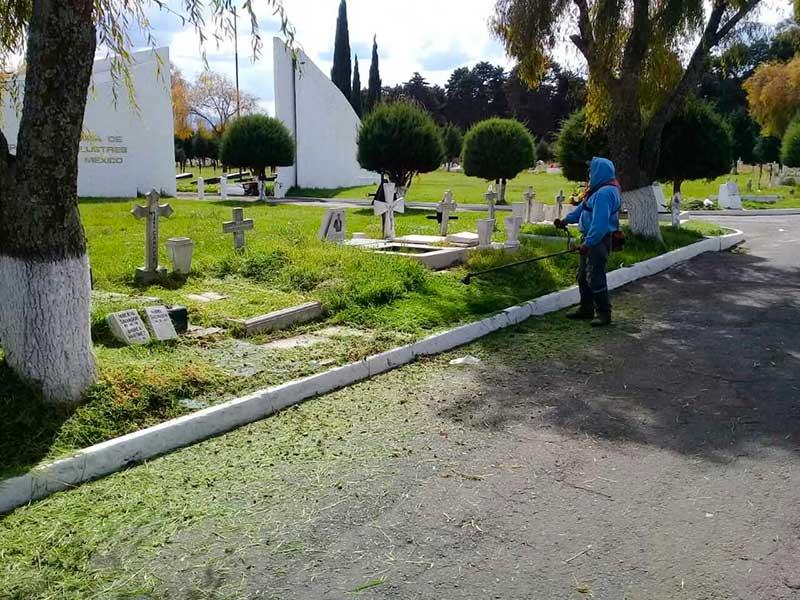 Todo listo en los panteones General y Municipal para el Día de Muertos