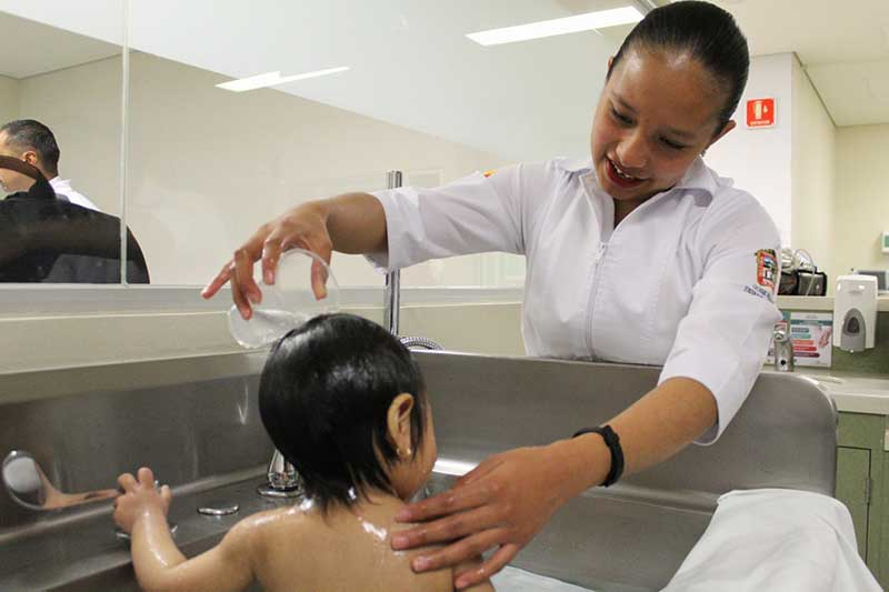 Fortalece ISSEMYM profesionalización de Enfermeras