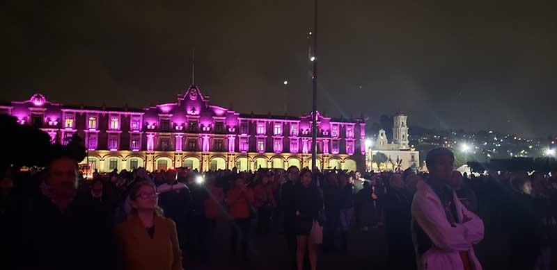 Doble función de iluminación de la Catedral de Toluca