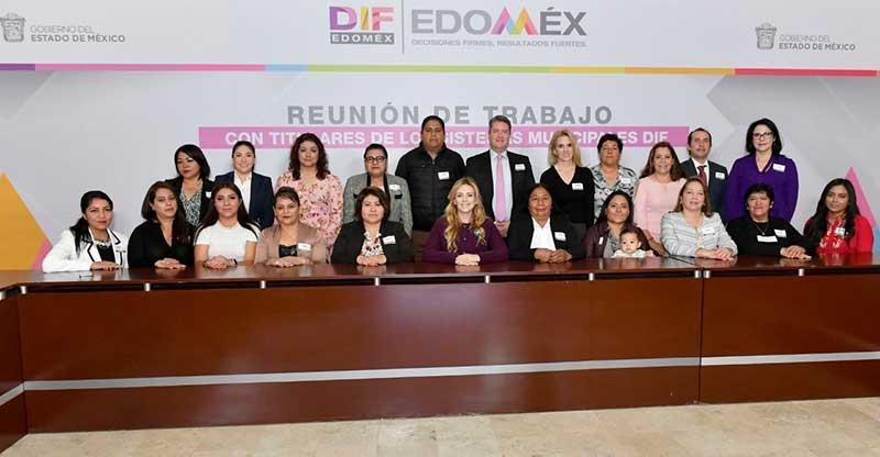 Convoca Fernanda Castillo a sistemas Municipales DIF a trabajar en unidad y con sensibilidad