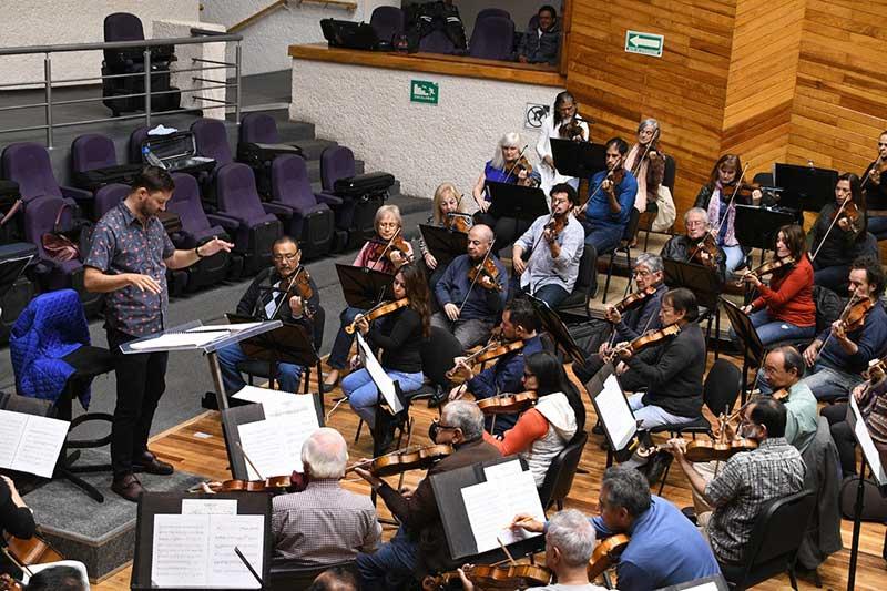 "Invita OSEM al estreno Mundial de la obra ""Xinantécatl"" de Leonardo Coral"