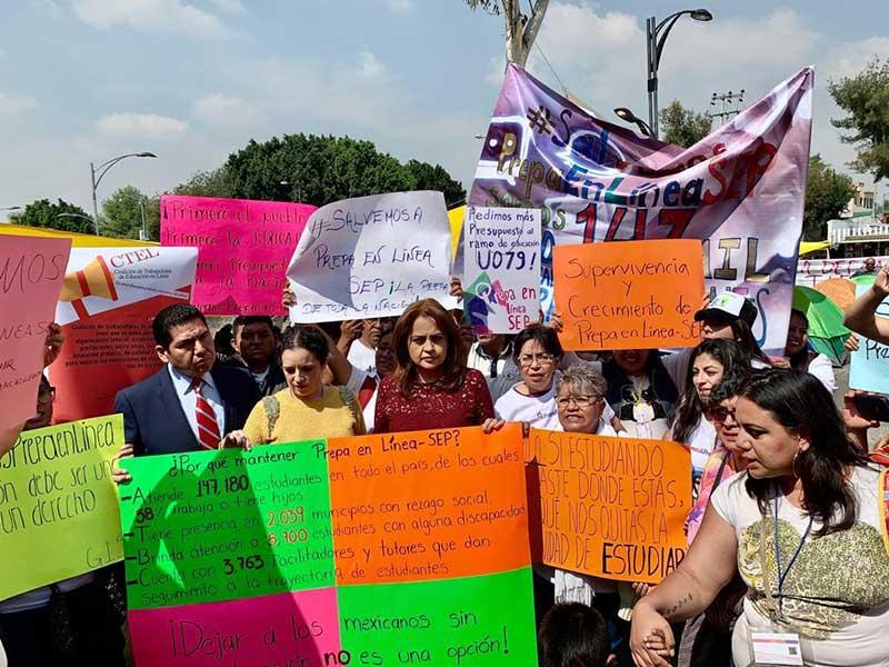 Respalda Ana Lilia Herrera continuación de Prepa en Línea