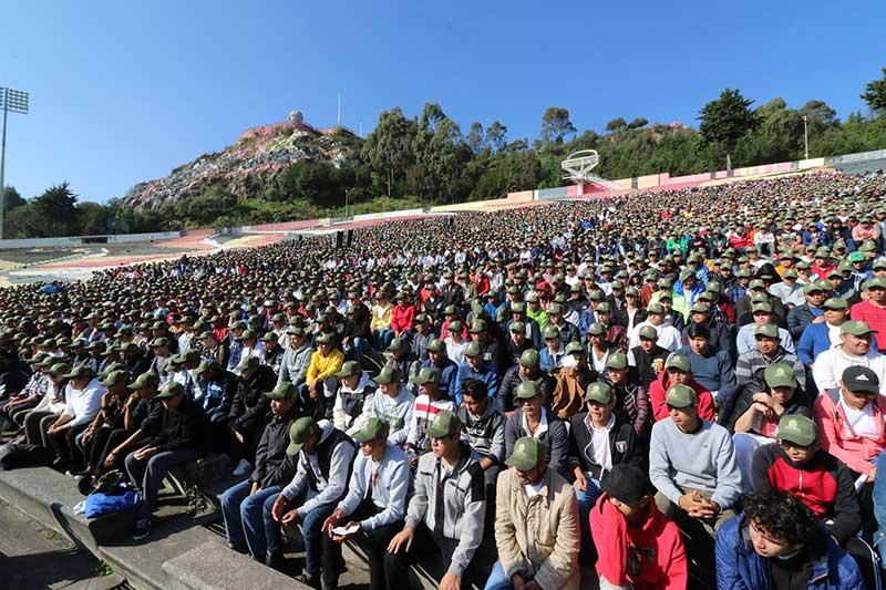 En Toluca se registraron más de 10 mil 800 jóvenes para realizar su Servicio Militar