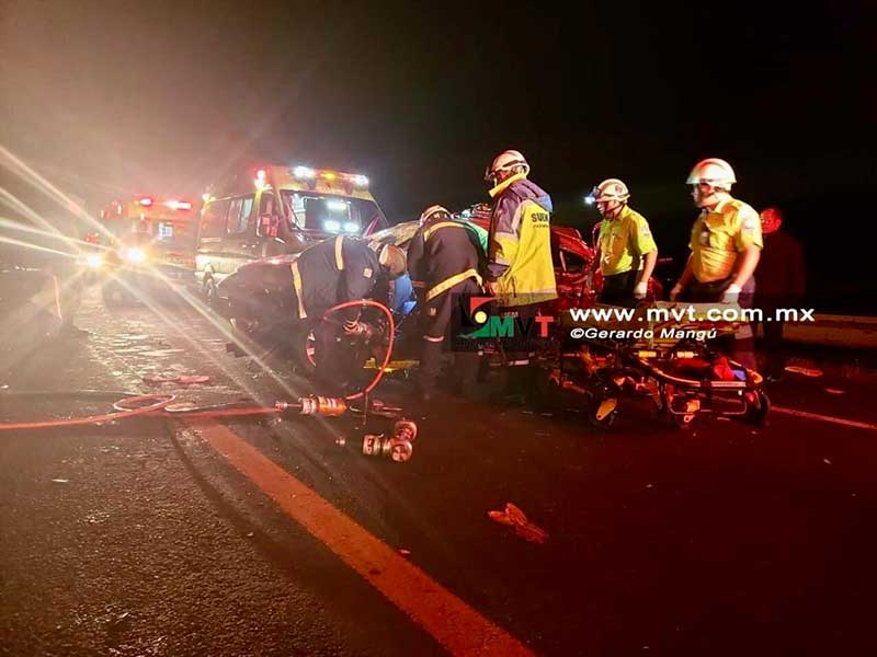Tres personas mueren por choque en la Lerma - Tres Marias, hay dos lesionados graves