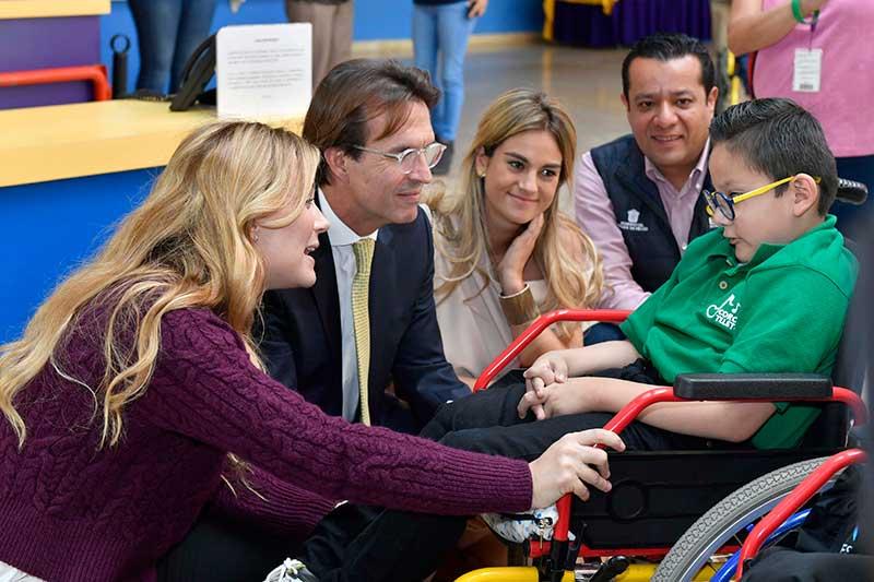 Difem y Teletón refuerzan colaboración para la atención de niños con discapacidad