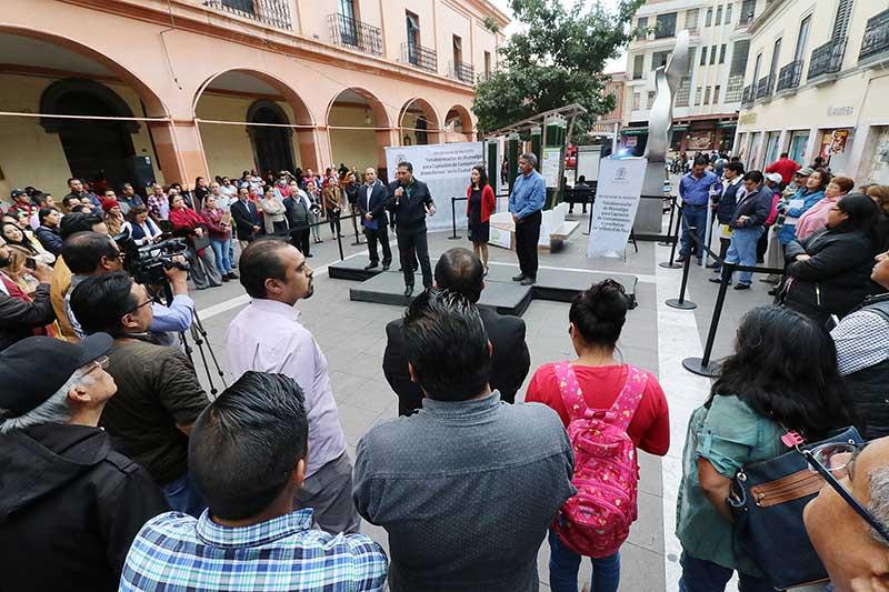 Instalan en Toluca el primer fotobiorreactor de microalgas para reducir contaminantes