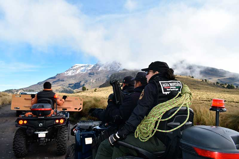 Policías refuerzan vigilancia en zonas turísticas de los Volcanes