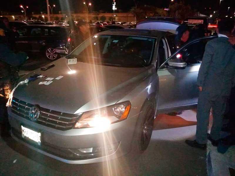 Tres extranjeros fueron detenidos en Galerías Metepec por manipular los cajeros bancarios