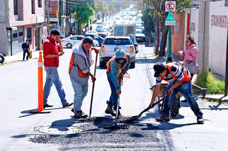 Toluca rehabilita más de 300 mil m2 de vialidades durante 2019