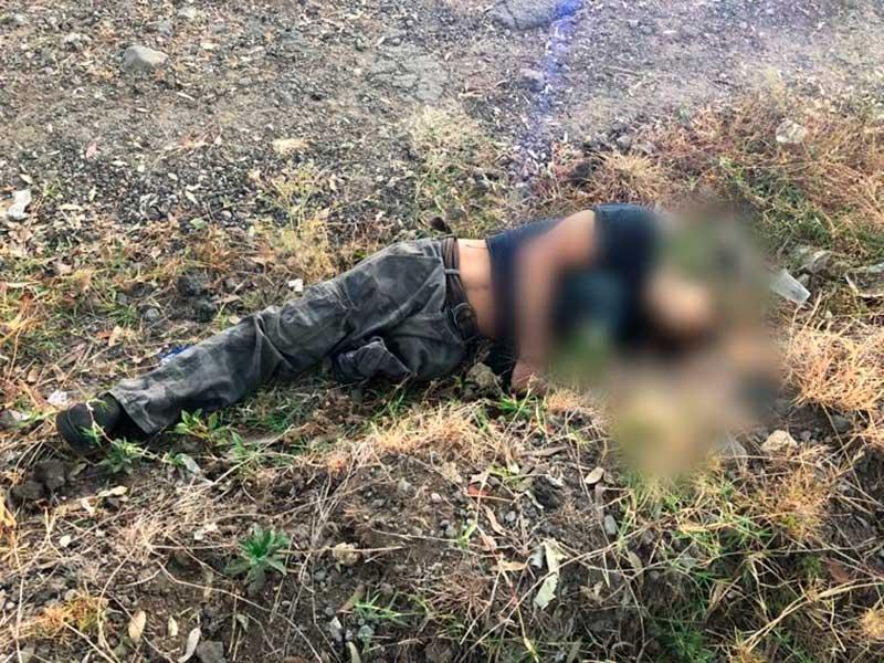 Tiran los cuerpos de dos hombres junto con narcomensaje en Ixtapan de la Sal