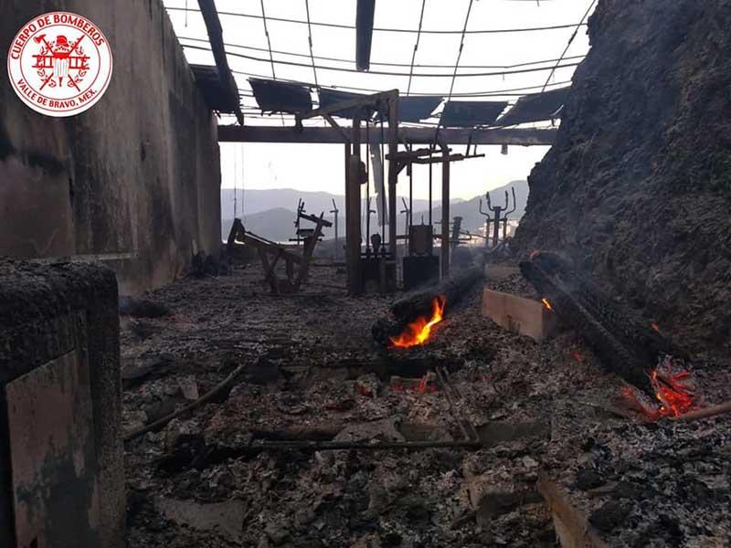 Bombero gravemente lesionado durante incendio del hotel El Santuario en Valle de Bravo