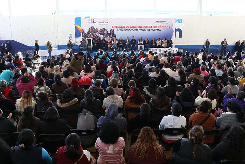 En Huixquilucan continuarán en 2020 los programas sociales