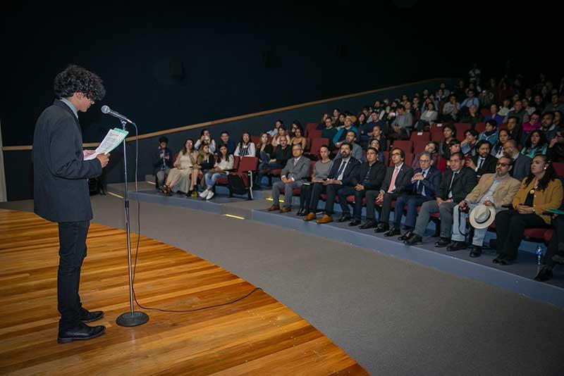 Alfredo Barrera reconoció trabajo de alumnos de Estudios Cinematográficos