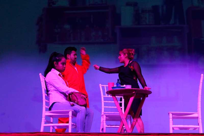 """Realiza GEM primer concurso estatal juvenil de teatro """"Arriba el telón"""""""