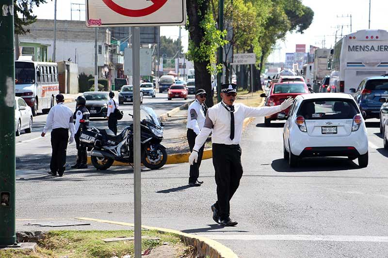 Cambian de circulación y restringen retornos en vialidades de Toluca