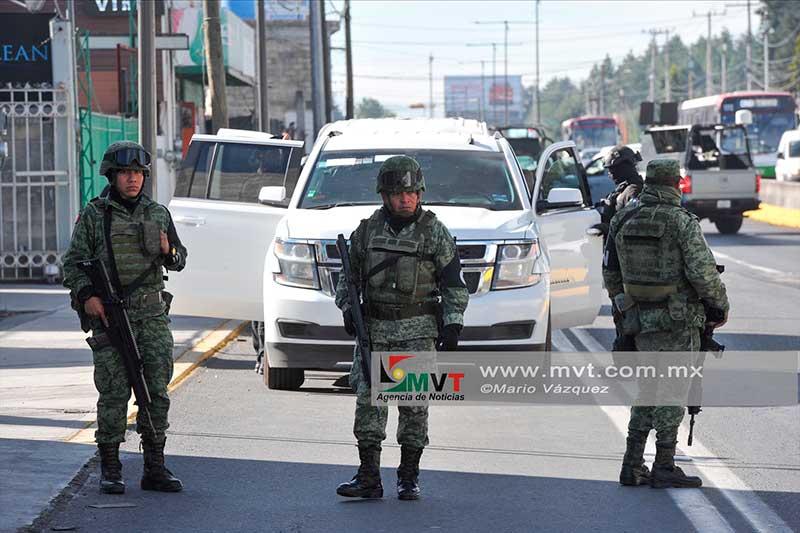 Marina y Agentes Federales realizan operativos en Metepec