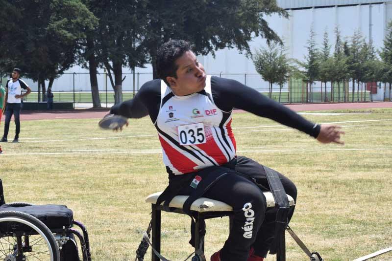 Realizan selectivo estatal de deportes sobre silla de ruedas