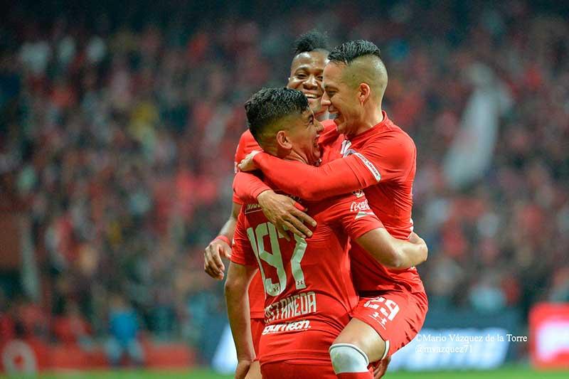 Toluca vence al Pachuca 5-1 y pasa a la semifinal de Copa Mx