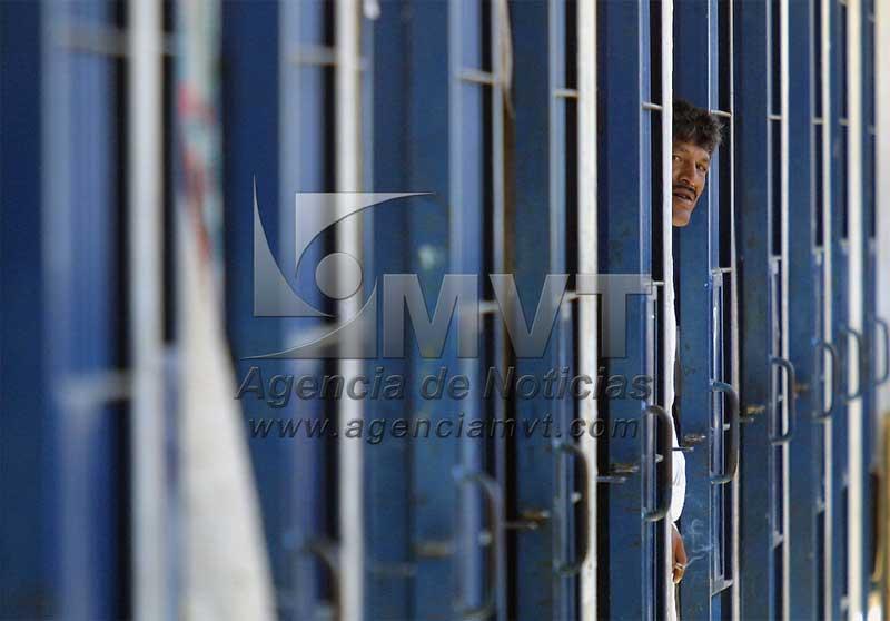 Derechos Humanos pide acelerar pre liberaciones de presos en penales del Edomex
