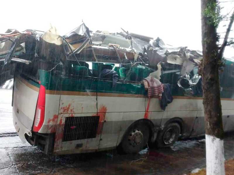 Múltiples accidentes dejan dos muertos y ocho lesionados en la México Toluca