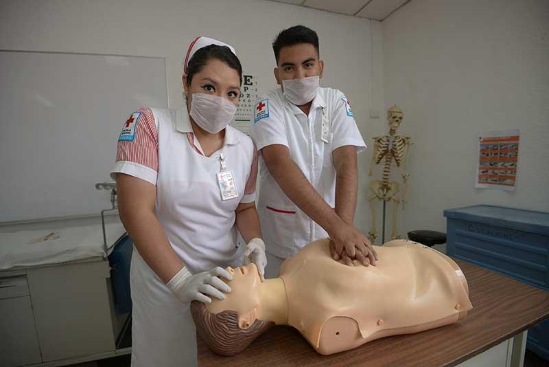 Cruz Roja abre inscripciones para estudiar el Bachillerato Tecnológico en Enfermería General
