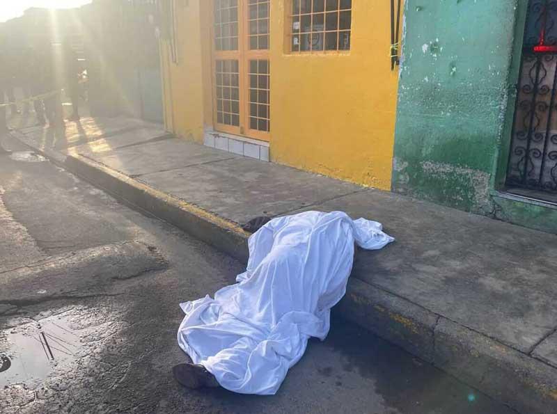 Asesinan a pasajero tras oponerse a un asalto en Toluca